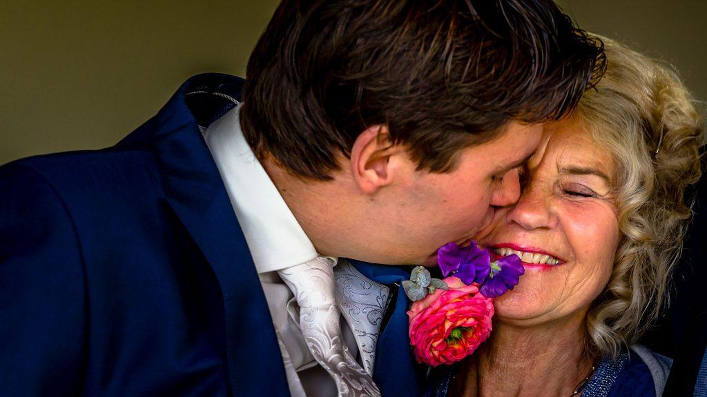 Trouwen in Culemborg - moeder van de bruidegom