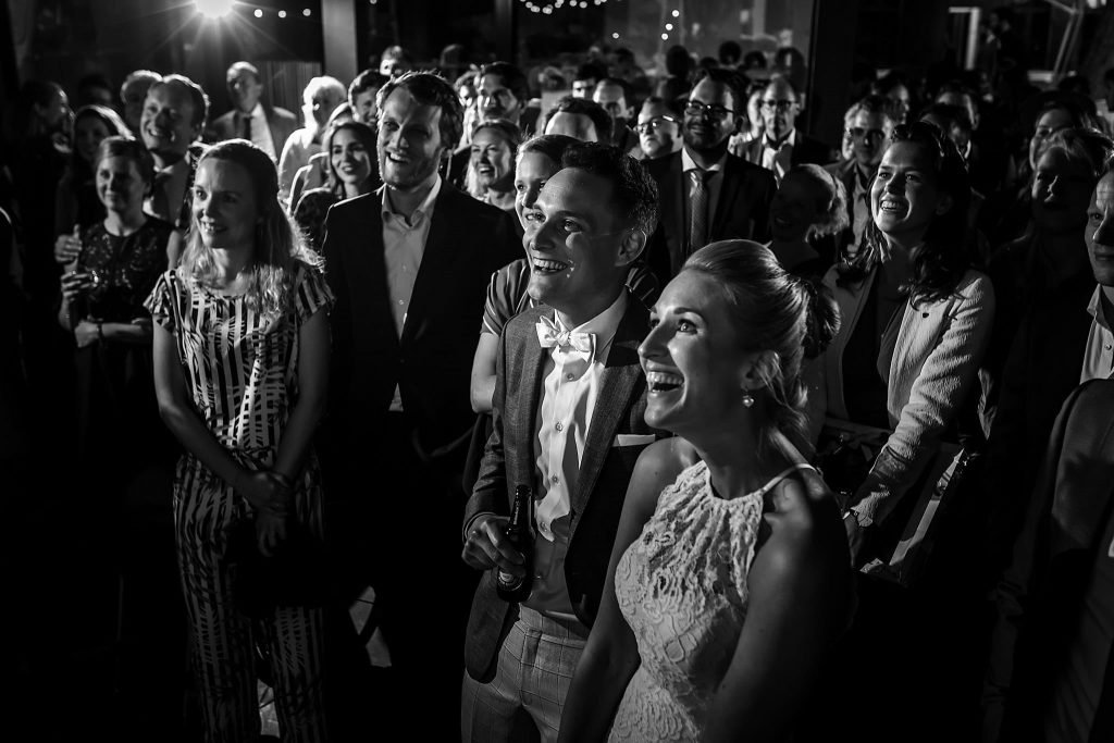 Avondgasten op bruiloft